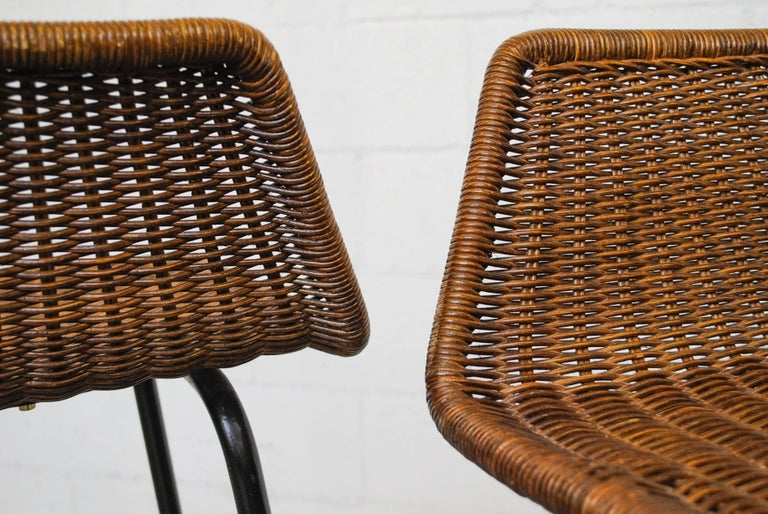 Enameled Pair of Charlotte Perriand Style Wicker Bar Stools For Sale
