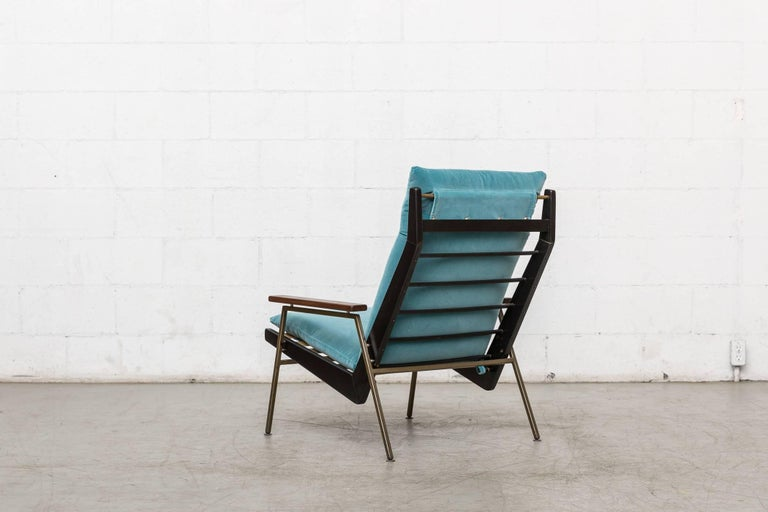 Mid-Century Modern Robert Parry Lounge Chair with Teak Arm Rests For Sale