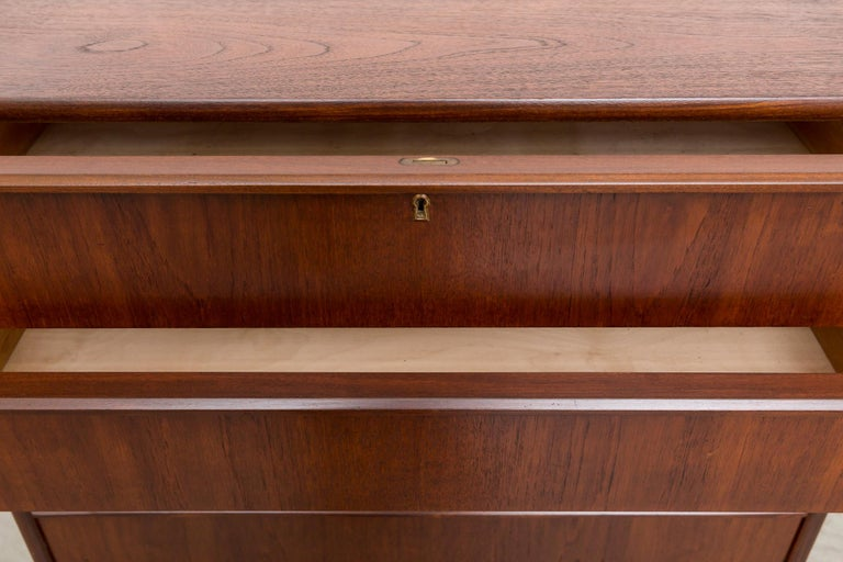 Midcentury Danish Tall Teak Dresser In Good Condition For Sale In Los Angeles, CA