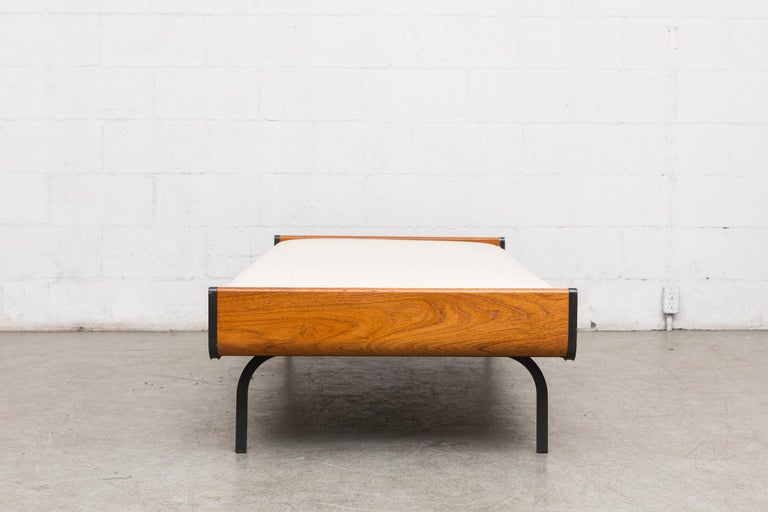 Mid-Century Modern Midcentury Teak and Metal Auping Daybed For Sale