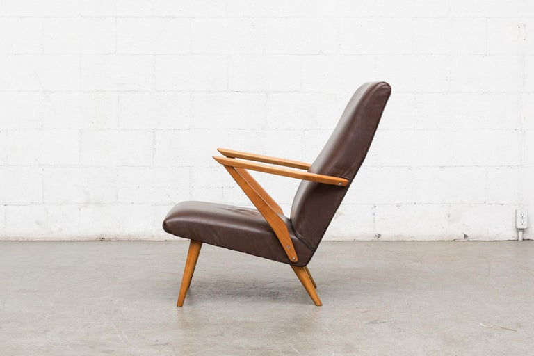 Mid-Century Modern Original Leather Lounge Chair with Pecan Frame For Sale