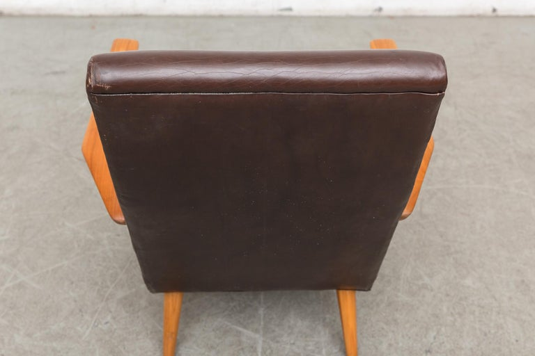 Original Leather Lounge Chair with Pecan Frame For Sale 1
