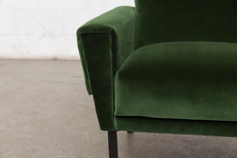 Pair of 'Mad Men' Style Lounge Chairs For Sale 3