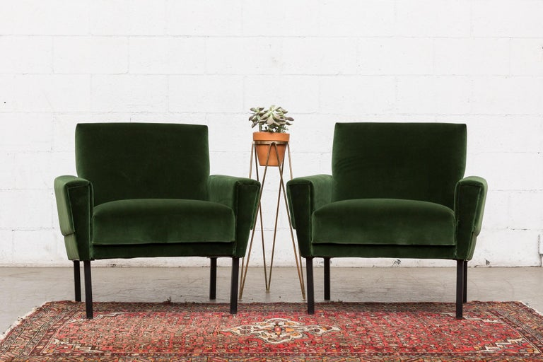 Pair of 'Mad Men' Style Lounge Chairs In Good Condition For Sale In Los Angeles, CA