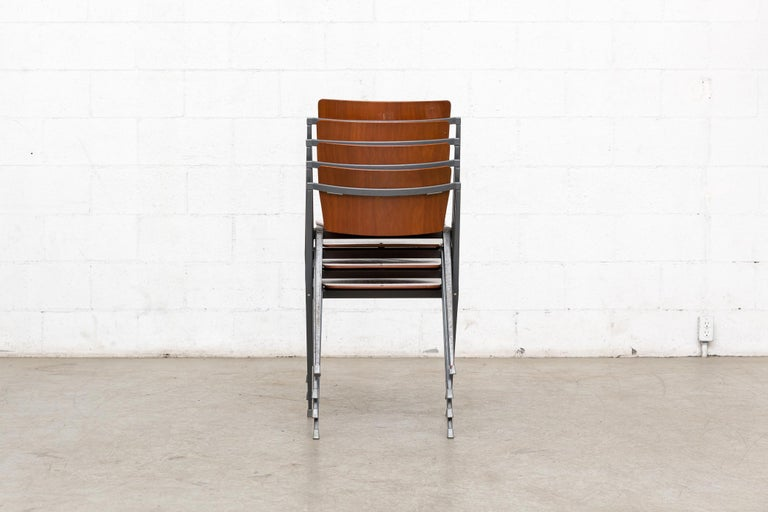 Enameled Rare Set of 4 Rietveld ''Pyramid'' Chairs for Ahrend the Cirkel For Sale