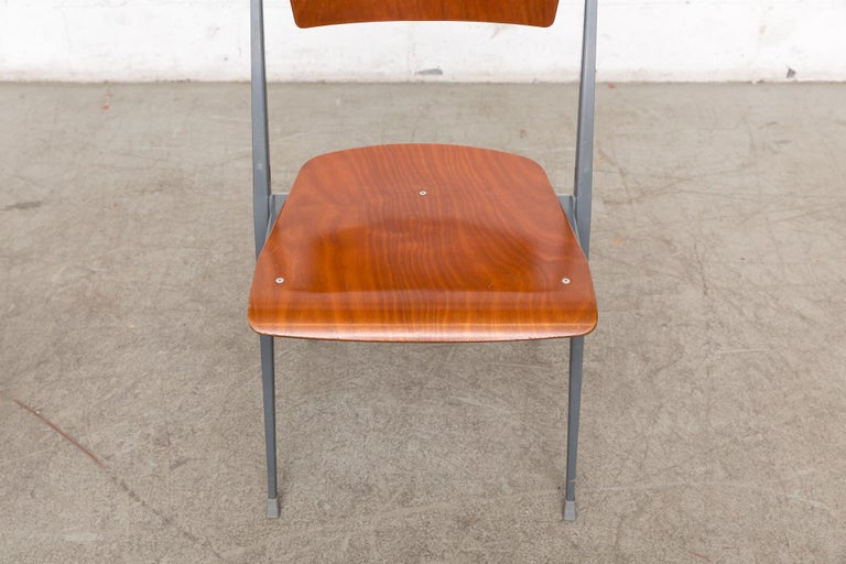 Rare Set of 4 Rietveld ''Pyramid'' Chairs for Ahrend the Cirkel For Sale 4