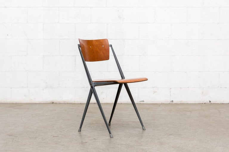 Mid-20th Century Rare Set of 4 Rietveld ''Pyramid'' Chairs for Ahrend the Cirkel For Sale