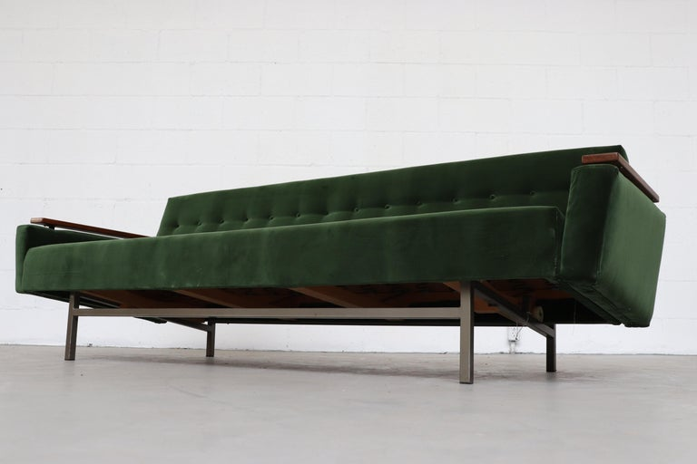 Robert Parry Attributed Mid-Century Sleeper Sofa For Sale 1