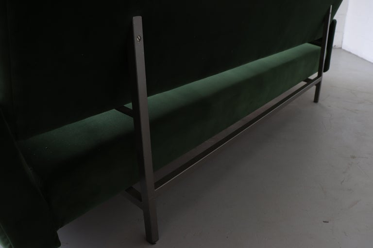 Robert Parry Attributed Mid-Century Sleeper Sofa For Sale 7