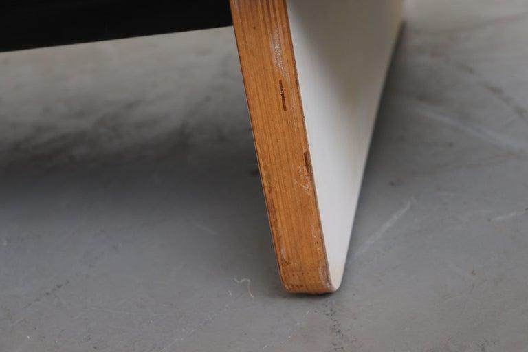 Bone Kho Liang Ie Sofa for Artifort For Sale 7