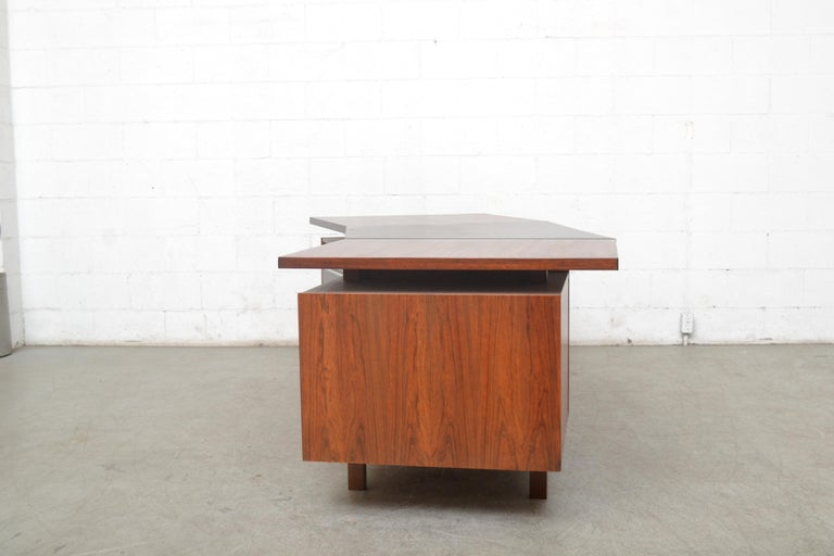 Mid-Century Modern Fristho Executive Rosewood Desk For Sale