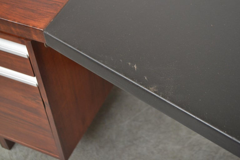 Fristho Executive Rosewood Desk For Sale 5