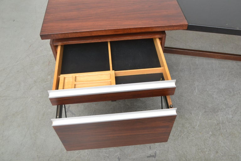 Fristho Executive Rosewood Desk For Sale 9