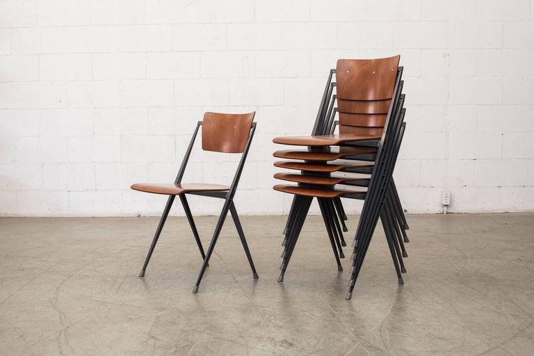 This Rare Wm. Rietveld Pyramid Chair Won A Famous U0027Signe Du0027Oru0027