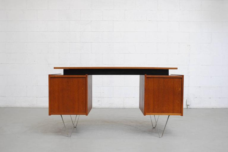 Cees Braakman Desk with Hairpin Legs In Good Condition For Sale In Los Angeles, CA
