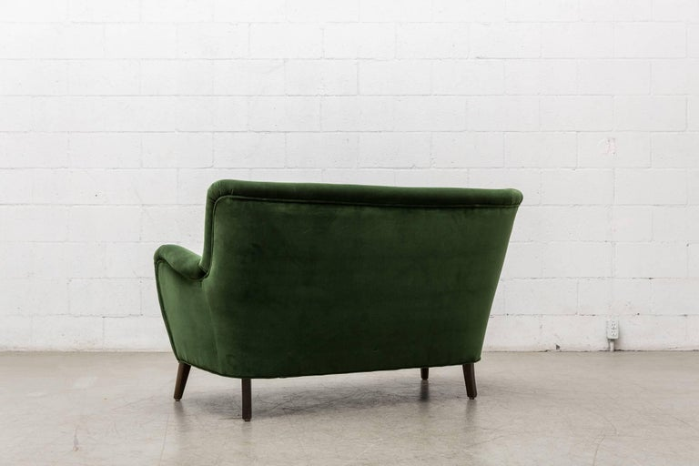Gorgeous Artifort Emerald Green Velvet Sofa by Theo Ruth 4