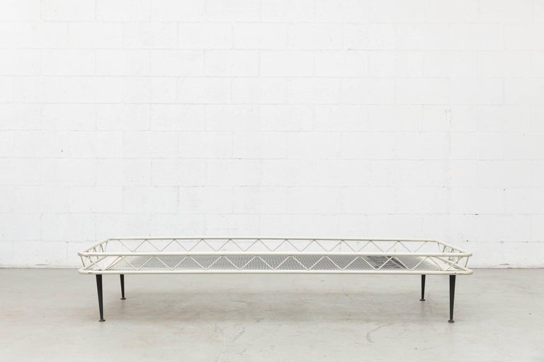 Rare Wim Rietveld Arielle Daybed for Auping, 1953 For Sale 1