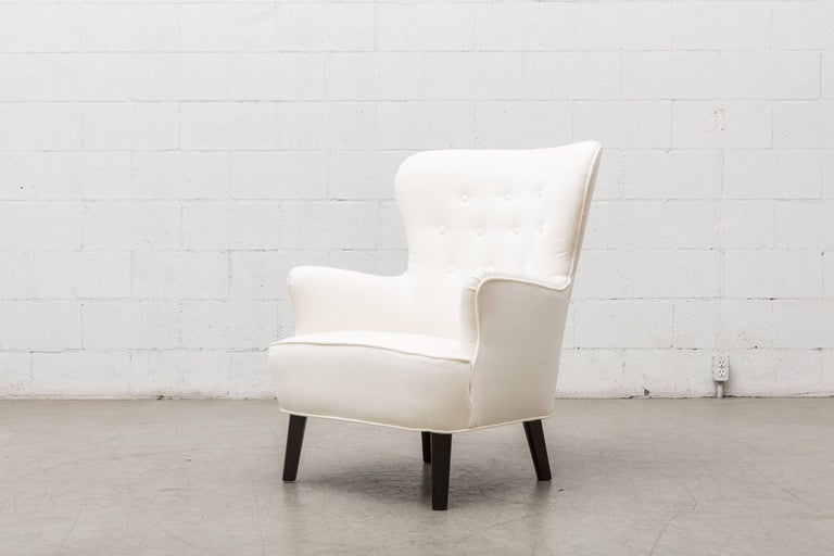 Mid-Century Modern Gorgeous Pair of White Velvet Theo Ruth Lounge Chairs by Artifort For Sale