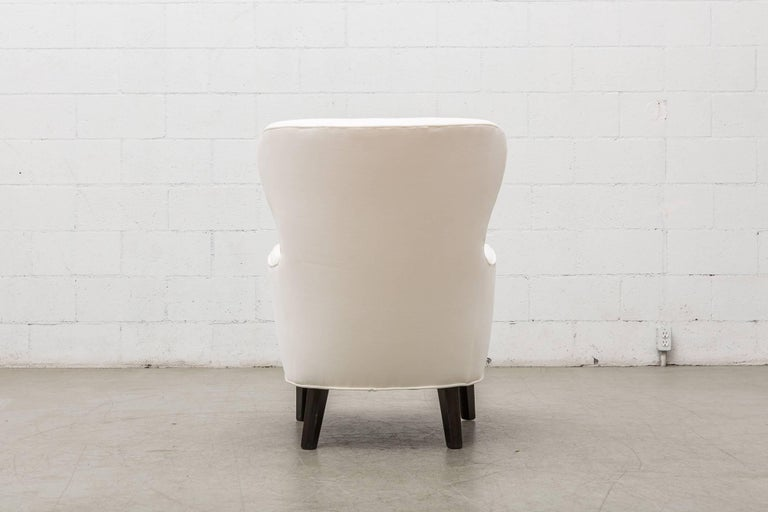 Mid-20th Century Gorgeous Pair of White Velvet Theo Ruth Lounge Chairs by Artifort For Sale