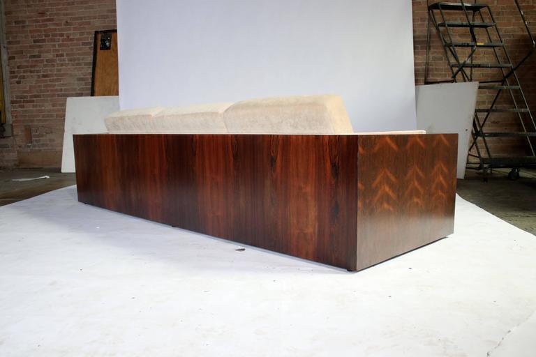 Mid-Century Modern Milo Baughman Rosewood Case Sofa for Thayer Coggin For Sale