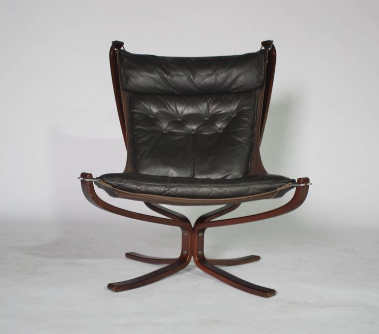Sigurd Resell Rosewood and Leather Falcon Chair 2
