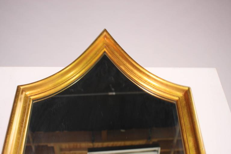 Hollywood Regency Gold Gilt Mirror In Good Condition For Sale In Chicago, IL