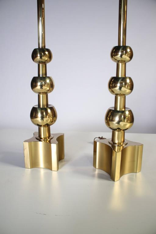 Pair of Brass Stacked Orb Tables Lamps by Stiffel For Sale 3