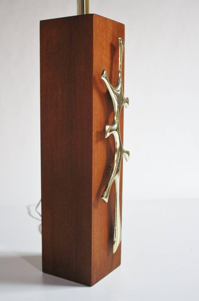Mid-Century Walnut and Sculptural Brass Table Lamp 3