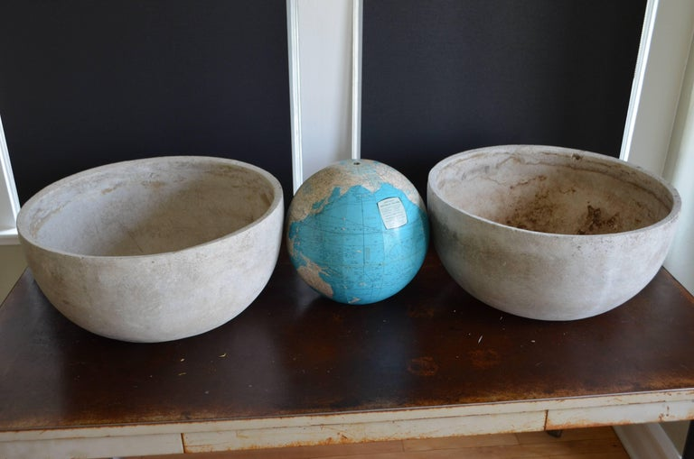 Willy Guhl Planter of Concrete Composite, Pair Available For Sale 2