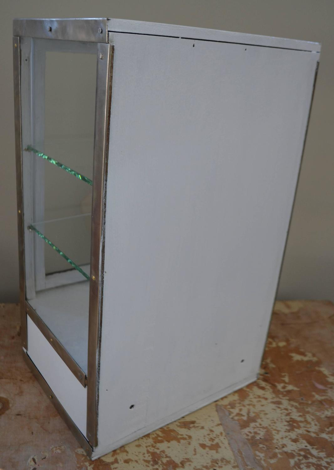Barber Shop Cabinet With 3 Glass Sides Two Glass Shelves