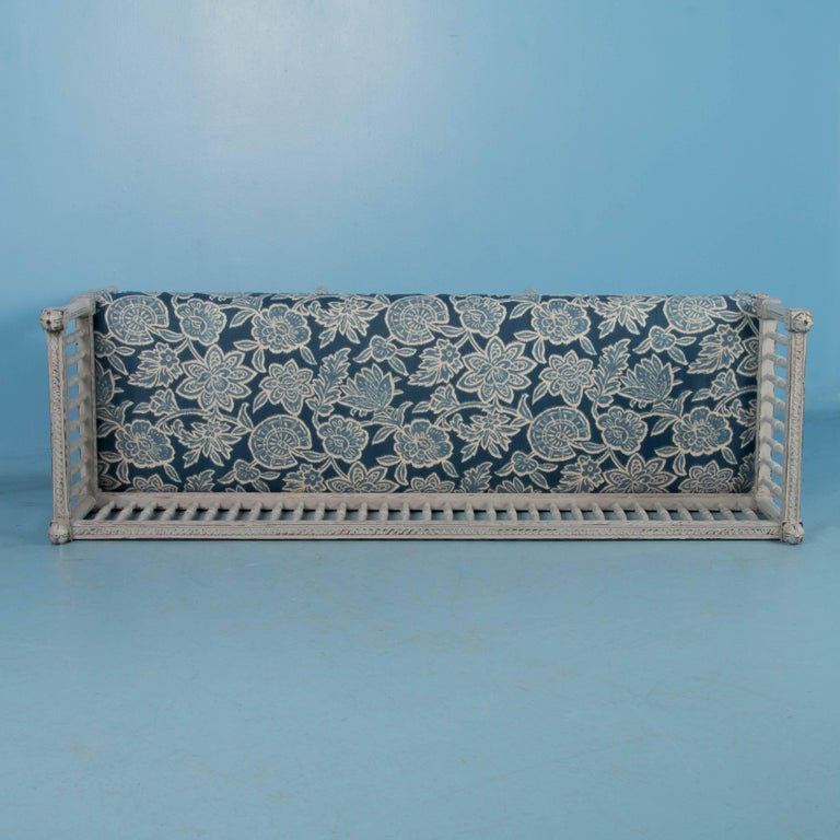 Swedish Gustavian Bench Painted Gray, Antique, 19th Century For Sale 5