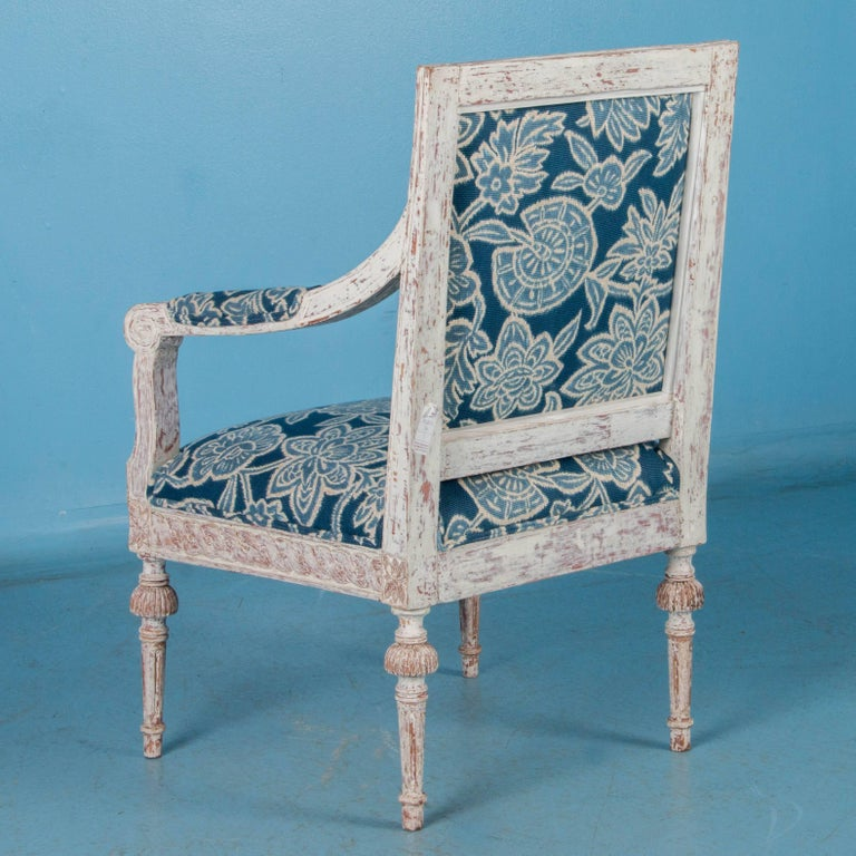 Pair of Antique 19th Century Gustavian Armchairs from Sweden For Sale 1