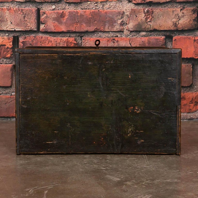 Small Antique Swedish Folk Art Painted Trunk or Box For Sale 2