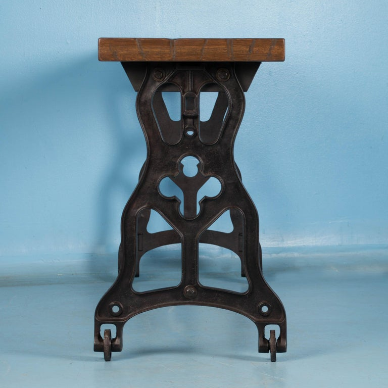 20th Century American Oak Console Table with Antique Industrial Cast Iron Legs For Sale