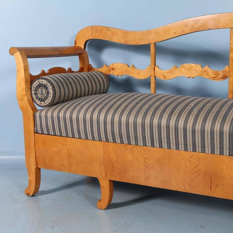 Antique Karl Johan Yellow Birch Bench Sofa From Sweden, circa 1840-1860 For Sale 3