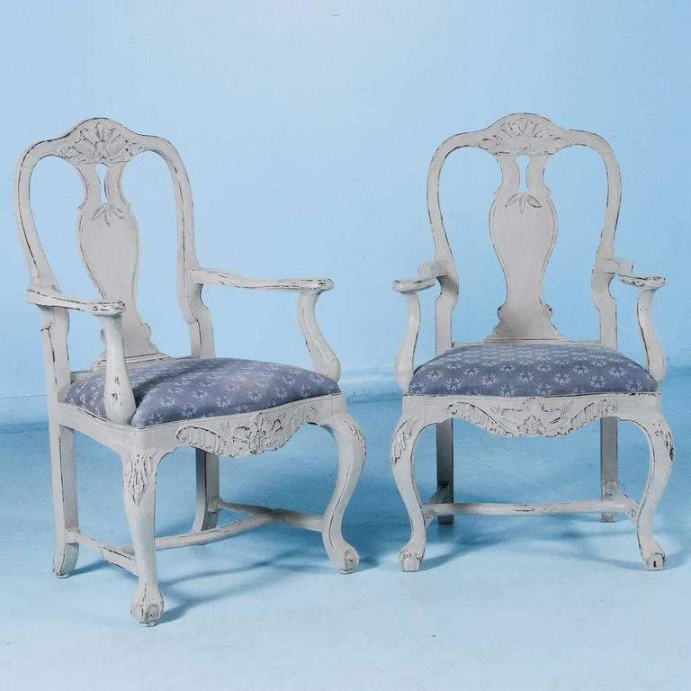 Set of Six Antique 19th Century Swedish Gustavian Dining Chairs with Gray Paint For Sale 1