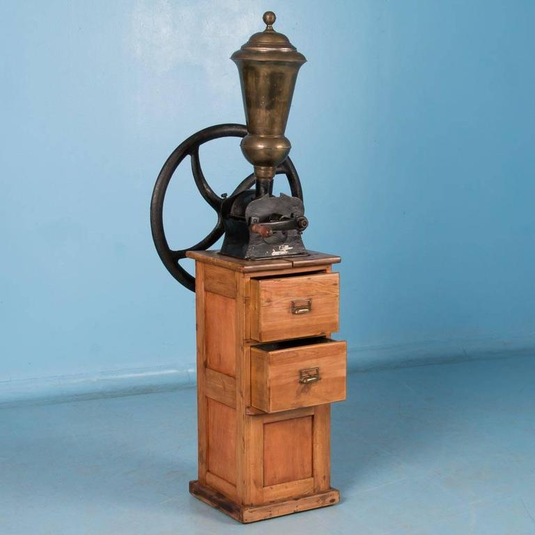 Coffee Grinder Of 1920 ~ Antique early th century danish commercial cast iron