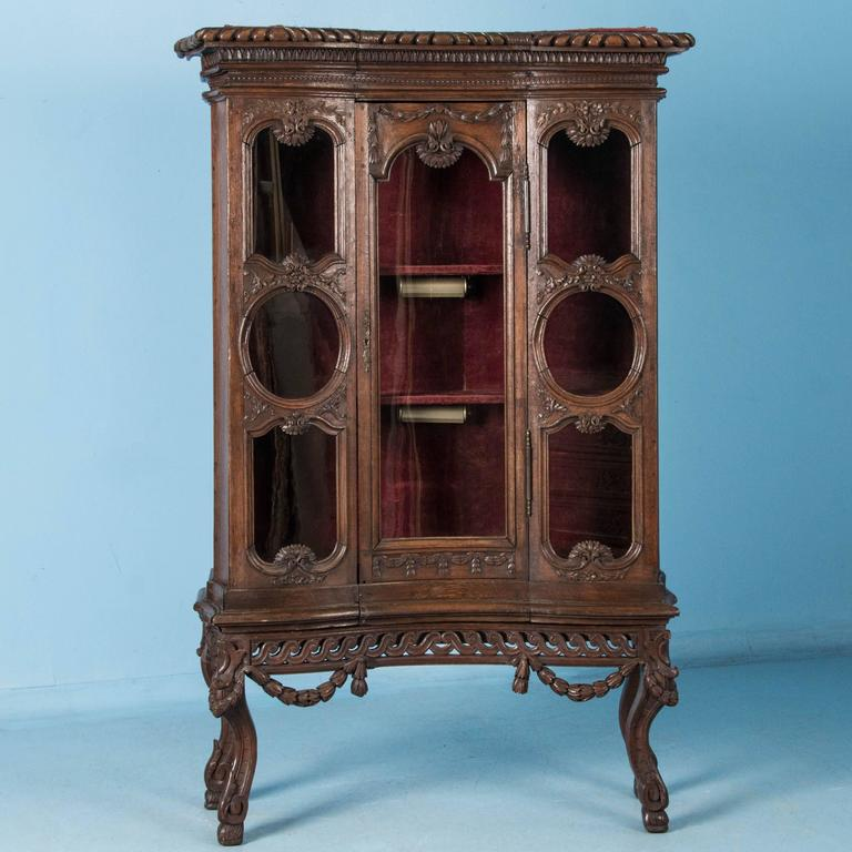 Antique 19th Century French Louis XV Style Glass Front China Cabinet In  Good Condition For Sale