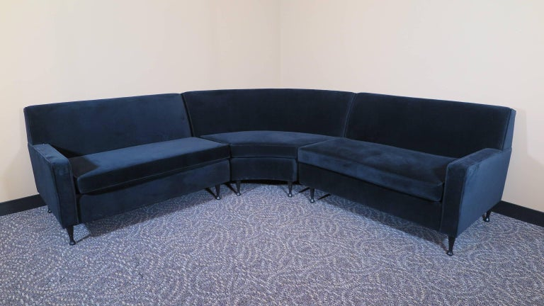 A Mid Century Modern Curved Sectional Sofa In The Style Of Paul Mccobb Symmetric Group