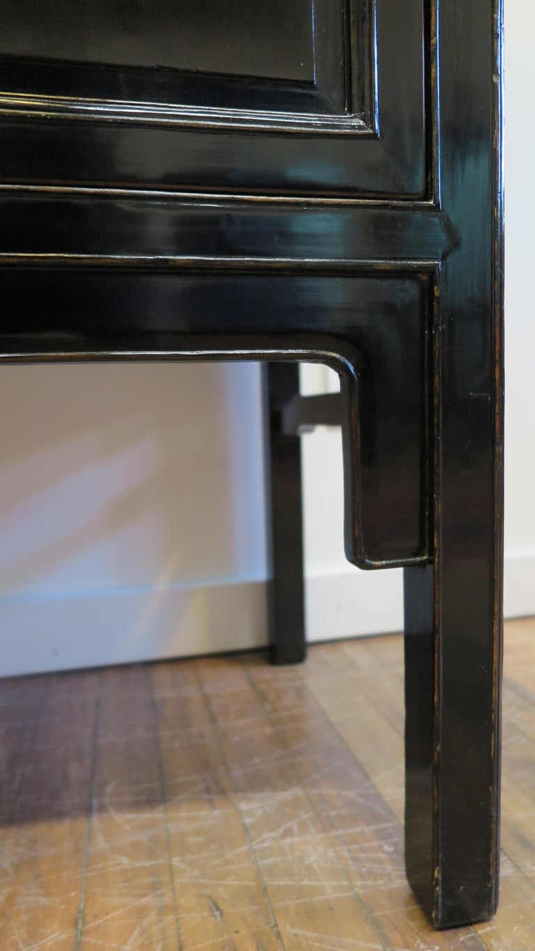 Chinese Black Lacquer Cabinet For Sale 5