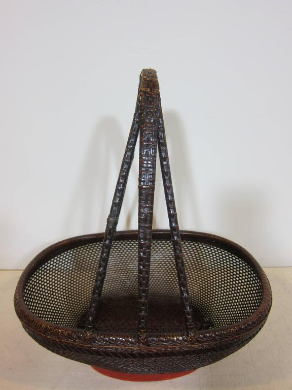 Antique Basket In Excellent Condition For Sale In New York, NY