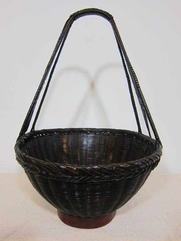 19th century Antique Woven Basket For Sale 2