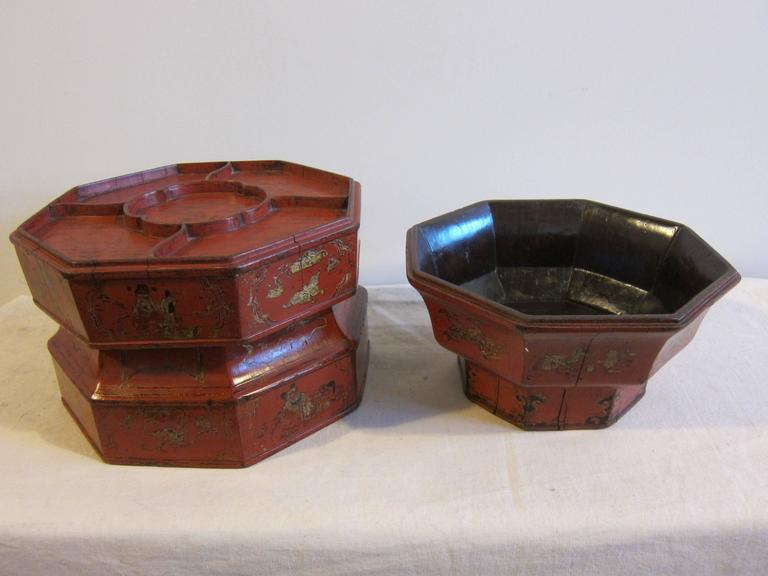 Lacquered 19th Century Octagon Wooden Bowl Box For Sale