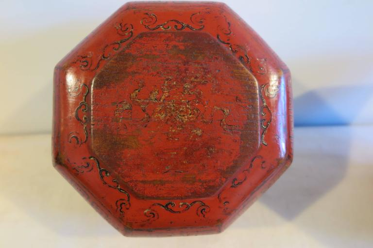 19th Century Octagon Wooden Bowl Box In Good Condition For Sale In New York, NY
