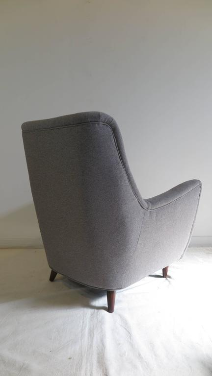 Italian Gio Ponti Style Lounge Chair In Excellent Condition For Sale In New York, NY