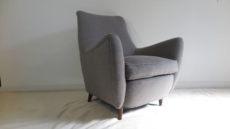 Mid-20th Century Italian Gio Ponti Style Lounge Chair For Sale
