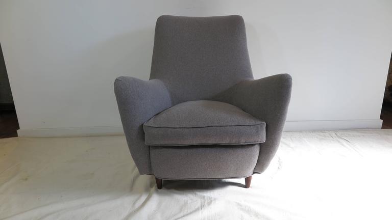 Italian Gio Ponti Style Lounge Chair For Sale 1