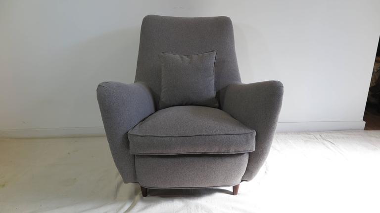 Italian Gio Ponti Style Lounge Chair For Sale 5