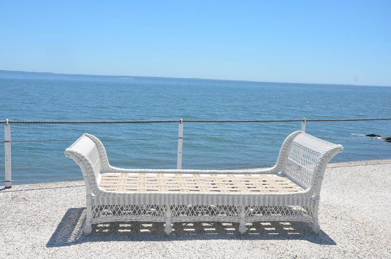 Antique Bar Harbor Wicker Bed In Excellent Condition For Sale In Old Saybrook, CT