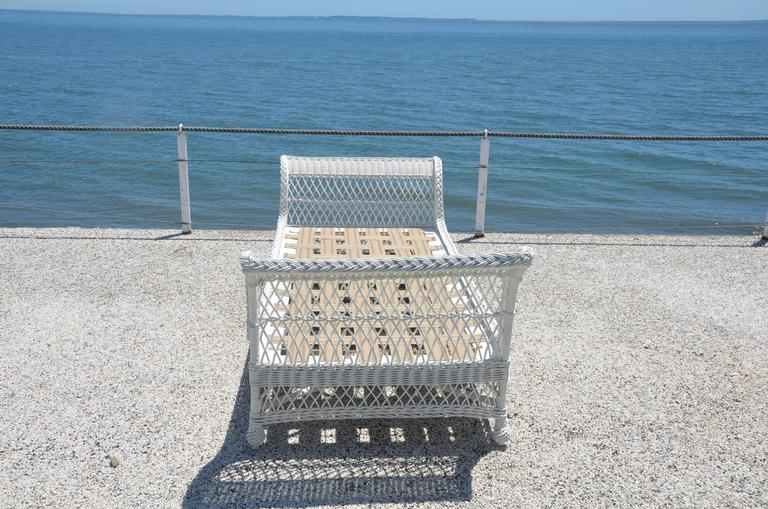Antique Bar Harbor Wicker Bed For Sale 2